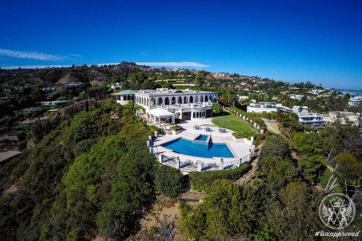 A $135 Million Estate In Beverly Hills Goes On Sale