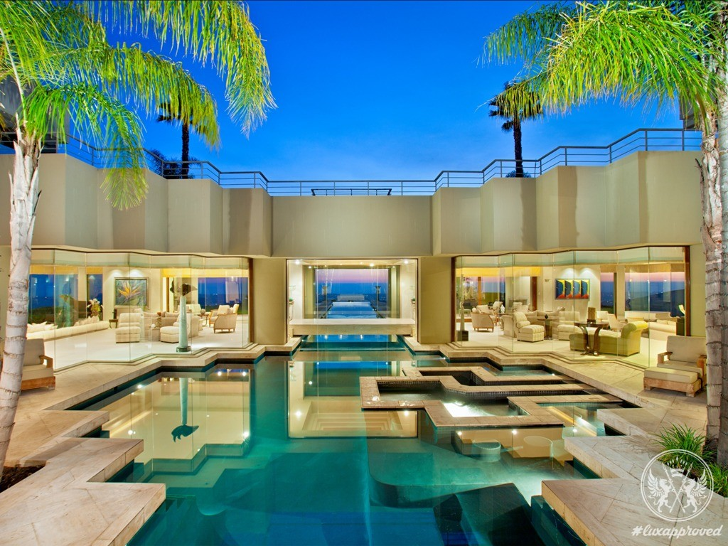 12 5 million escondido mega mansion boasts one of the longest pools in the world - Big mansions with pools on the beach ...