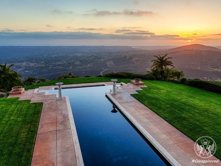 12 5 Million Escondido Mega Mansion Boasts One Of The Longest Pools In The World