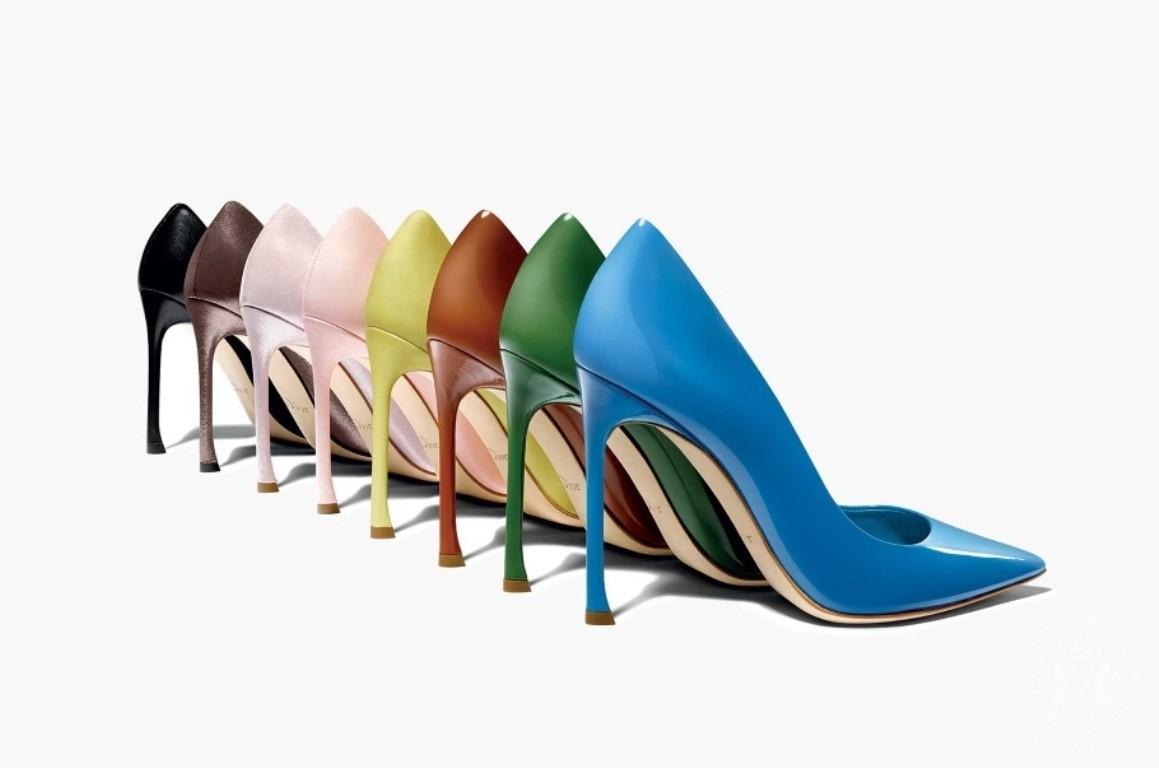 Discover Dioressence, Dior's New Sexy Pumps