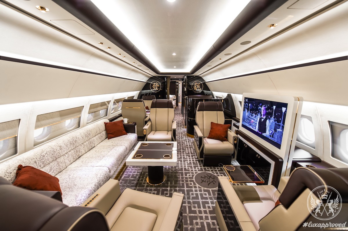 This ACJ319 Cabin Is Inspired by Art Deco Interiors on Luxurious Trains