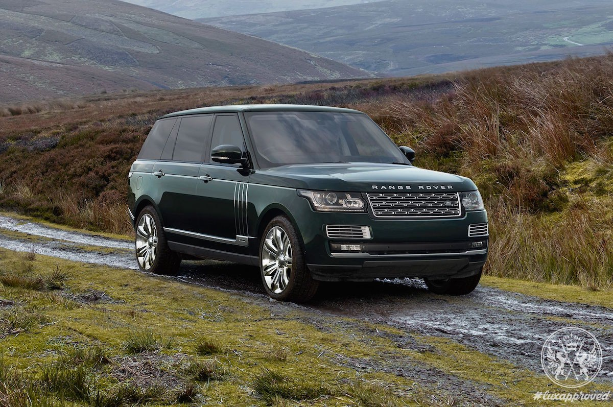 this 245 000 holland holland range rover comes with a leather trimmed firearm case lux expos. Black Bedroom Furniture Sets. Home Design Ideas