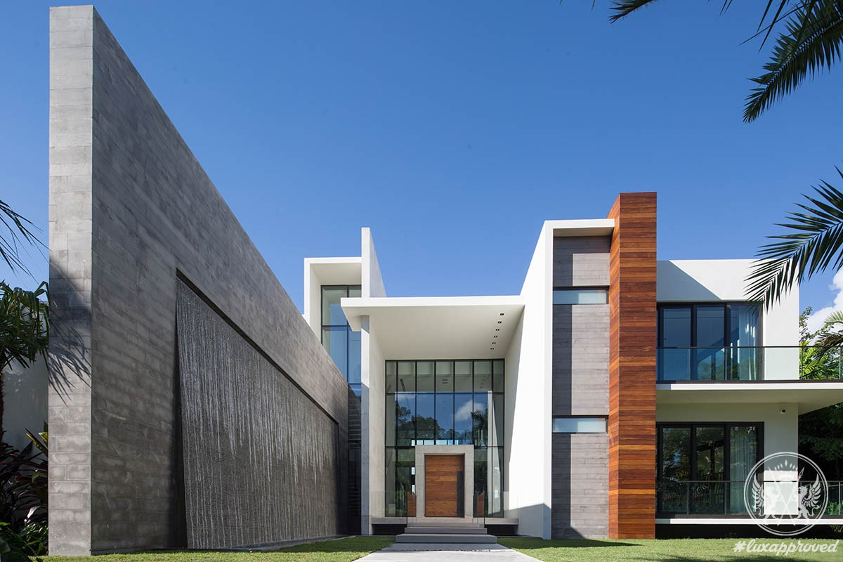 Casa Clara Mami luxury real estate