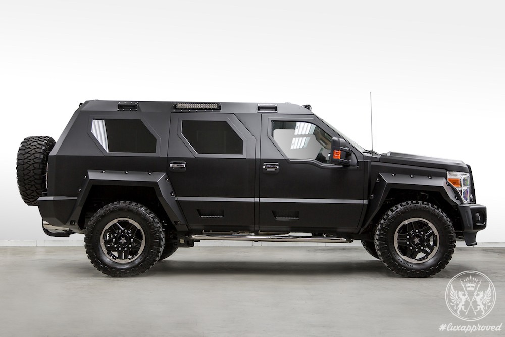 the ussv rhino gx integrates power luxury. Black Bedroom Furniture Sets. Home Design Ideas