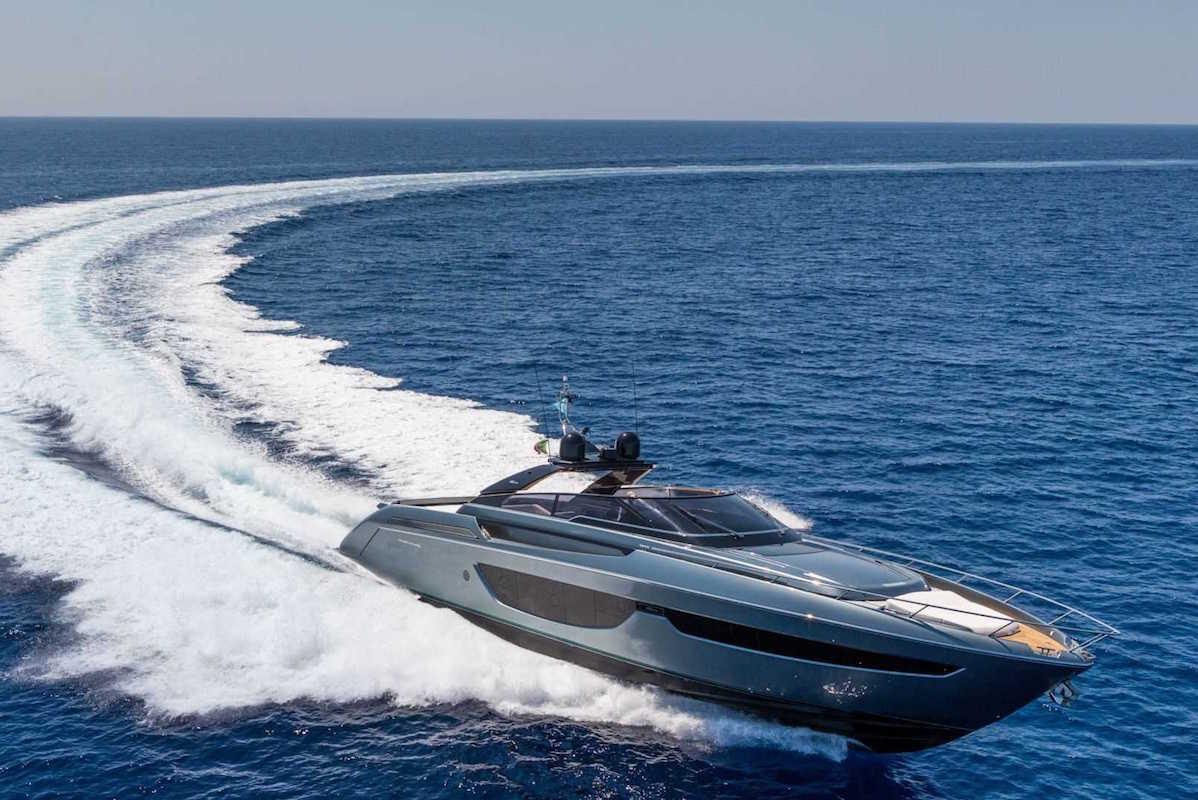 Riva Bahamas Superyacht Is Dark, Petite & Soignée