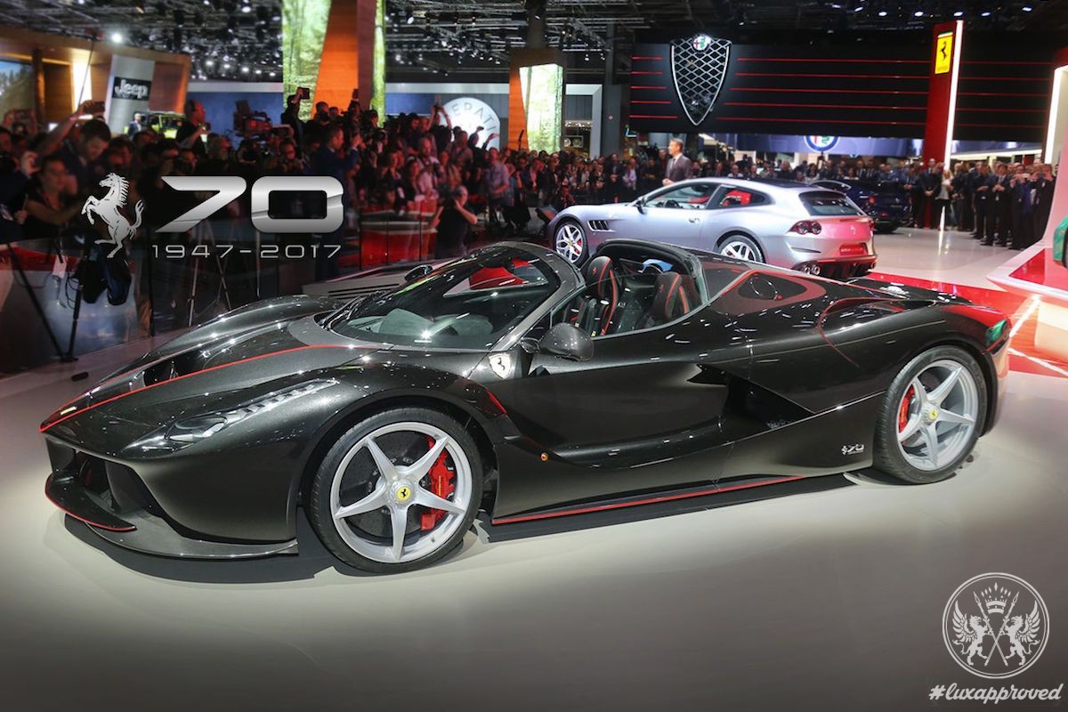 Ferrari LaFerrari Aperta Dazzles at the Paris International Motor Show