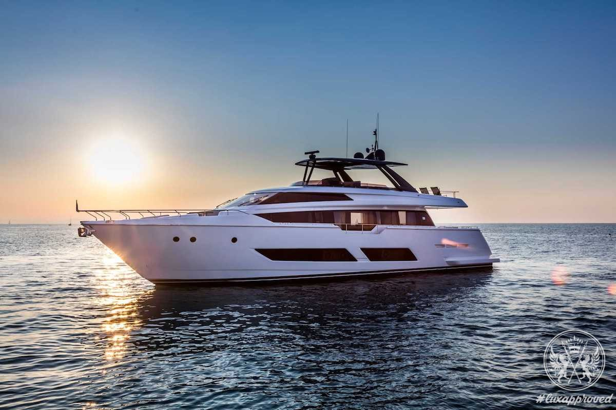 Ferretti Yachts 850 Is the New State of the Art in Flybridge Vessels
