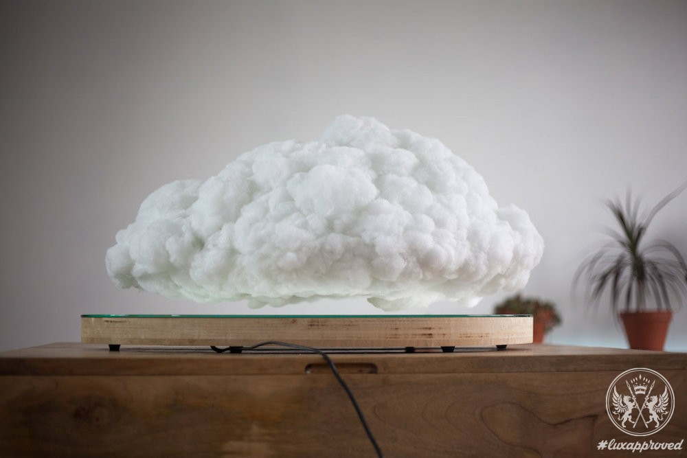 """Making Weather"" Levitating Cloud Speaker by Richard Clarkson Studio & Crealev Is Hypnotizing"