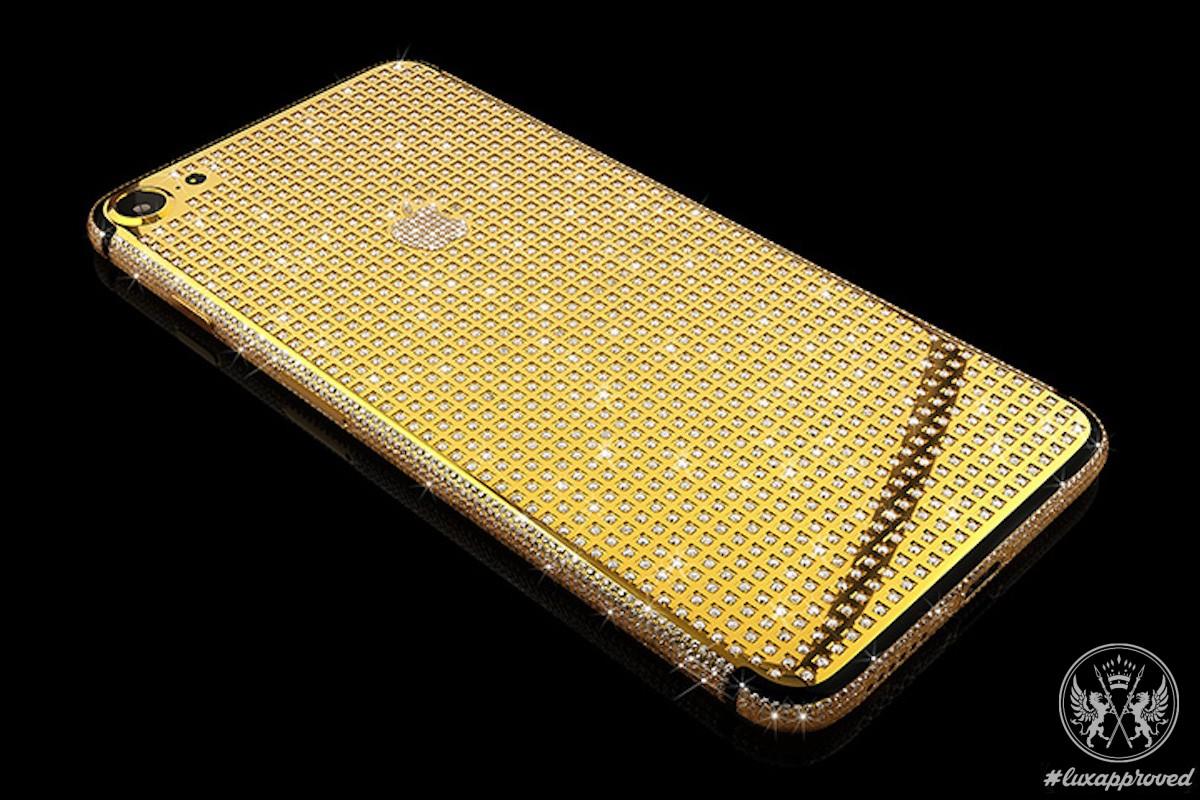 Santa's Holiday Pick: Goldgenie iPhone 7 Supernova Encrusted with Swarovski Crystals