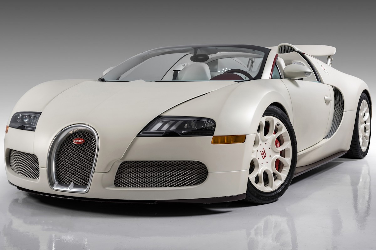 Barrett-Jackson Scottsdale Auction Puts up Floyd Mayweather's Bugatti Veyron Grand Sport