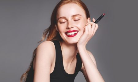 Chanel Le Rouge de Crayon Couleur Is for Women Who Make Their Own Rules of Beauty