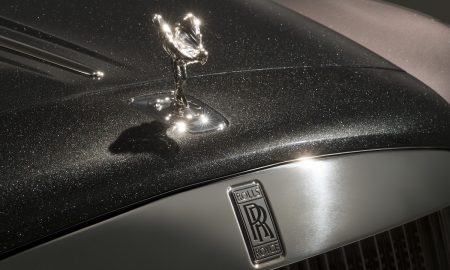 The Exterior Paint of Rolls-Royce Elegance Is Created From 1,000 Crushed Diamonds