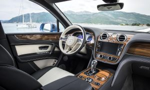 Bentley Bentayga Grabs Its First Wards 10 Best Interiors Award by WardsAuto