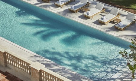 Four Seasons Hotel at The Surf Club in Surfside Opens
