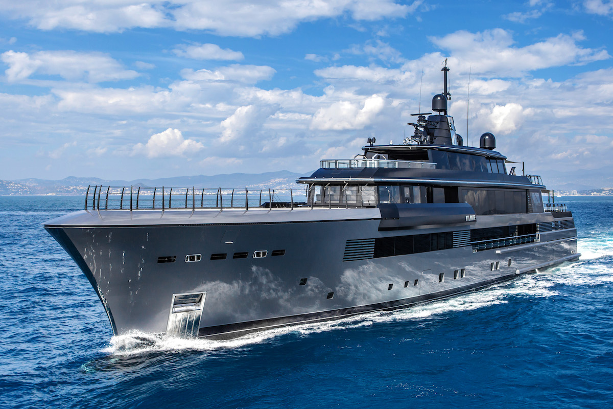 CRN's M/Y Atlante Is the Belle of the Versilia Yachting Rendez-Vous