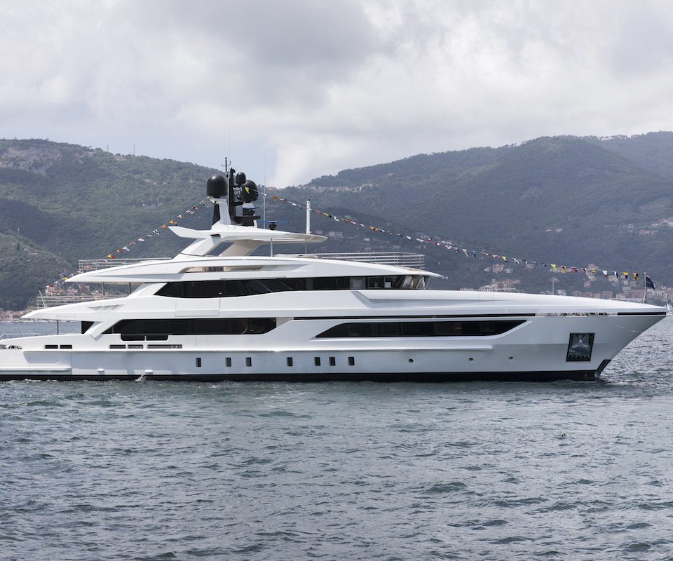 Baglietto Launches ANDIAMO Yacht That Was Designed by Francesco Paszkowski Design