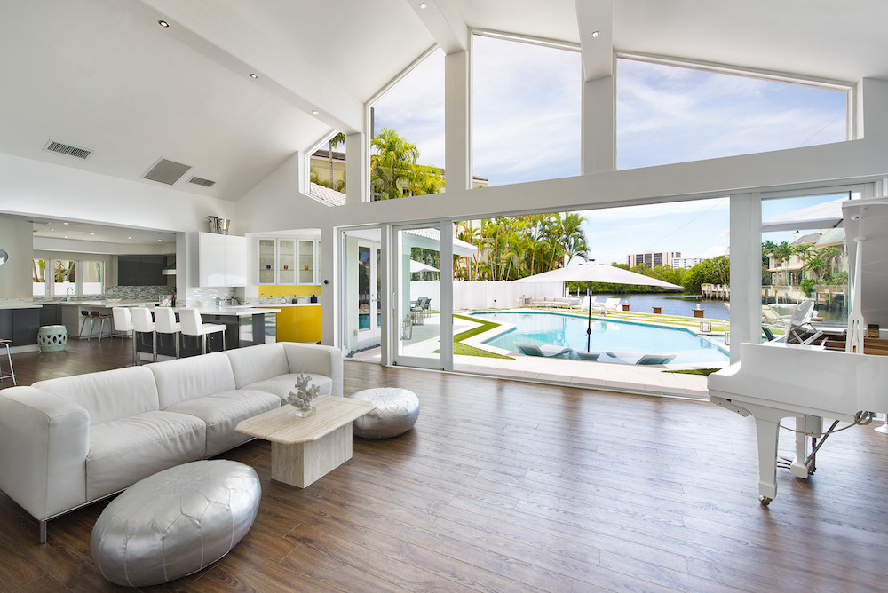 A Contemporary Waterfront Estate in the Sanctuary of Boca Raton to Be Auctioned Off