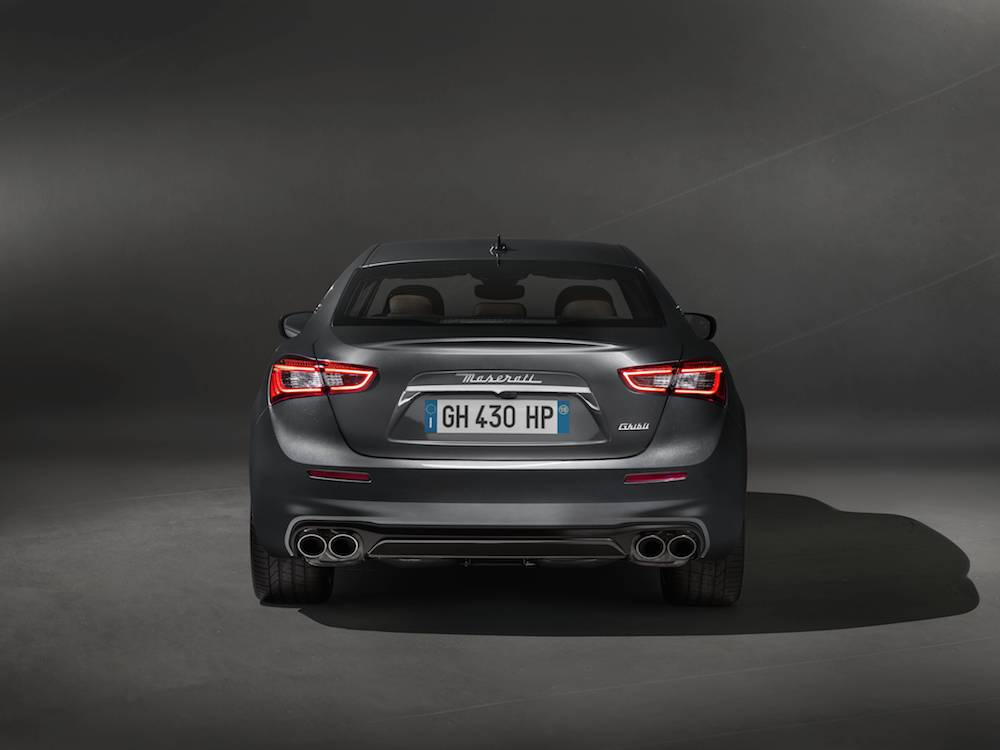 Maserati Ghibli GranLusso Is Unveiled