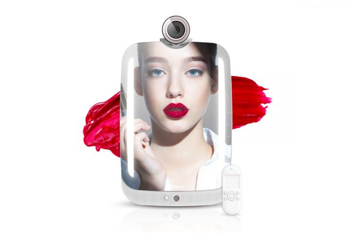 HiMirror Unveiled Remote Control to Its Smart Beauty Mirror