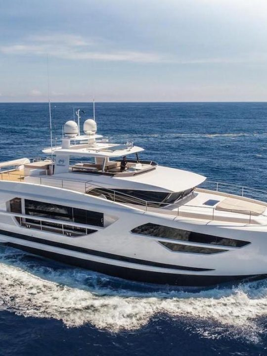 Horizon FD85 Yacht to Debut at the 2017 Cannes Yachting Festival