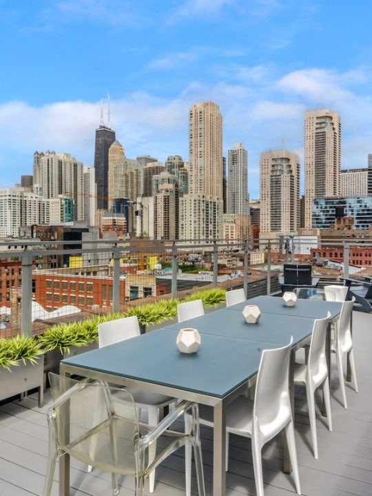Urban Real Estate Lists River North Penthouse in Chicago for $1.6 Million