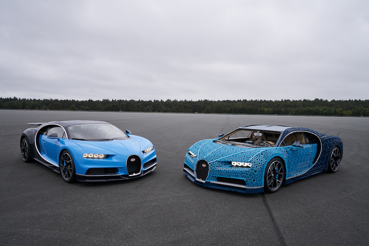 Life-Size LEGO Technic Bugatti Chiron Can Accelerate to Over 20km/h
