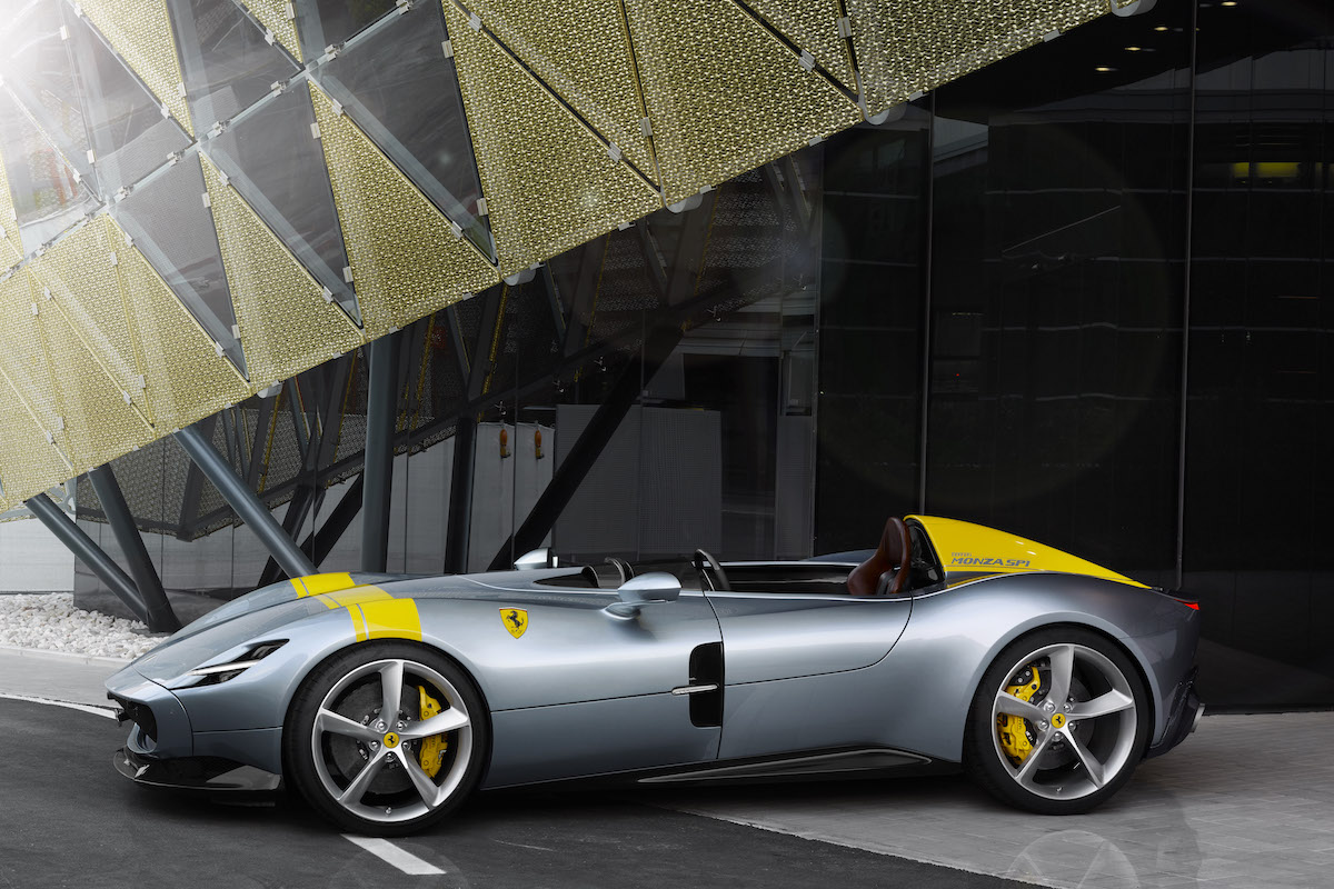 Ferrari Monza SP1 and SP2 Are Inspired by Legendary Ferrari Sports Cars of the Past