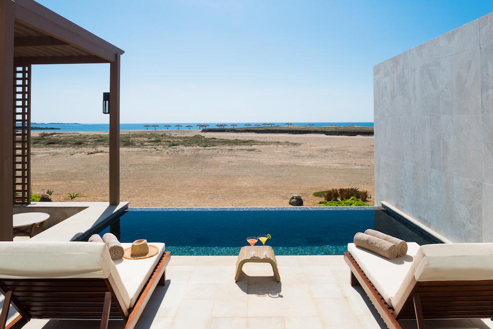 Stunning Beachfront Resort Alila Hinu Bay Debuts in Oman